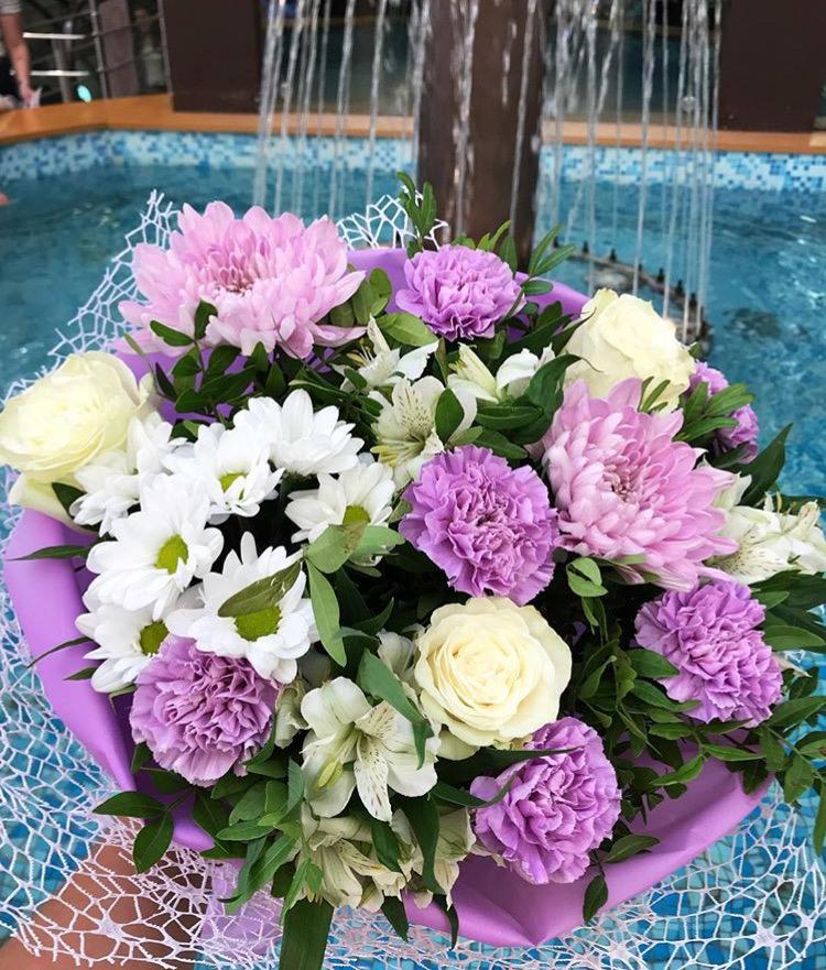 Цветов, букеты из гвоздики и хризантем в купить екатеринбург